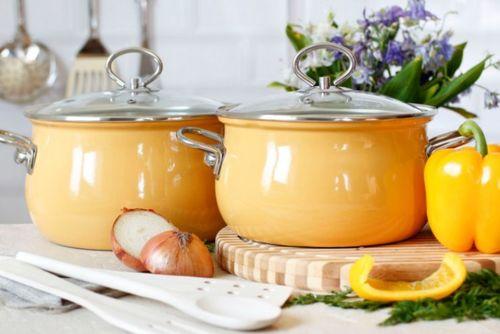 Посуда с эмалированной поверхностью