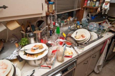 Кухня после застолья