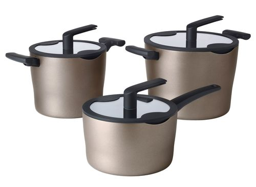 Обзор коричневой посуды в интерьере кухни