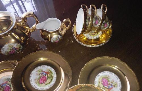 Посуда с золотым покрытием